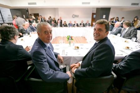 El diputado nacional Sergio Massa asistió a la sede de la Confederación Argentina de la Mediana Empresa (CAME)