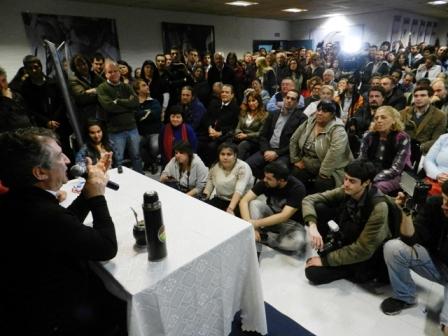 Urribarri disertó en Boulogne invitado por el Partido Justicialista de San Isidro