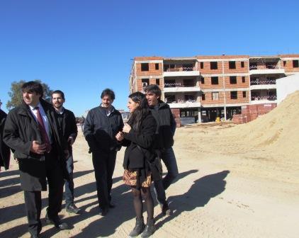 Diego bossio recorri las viviendas del plan procrear que for Plan procrear viviendas