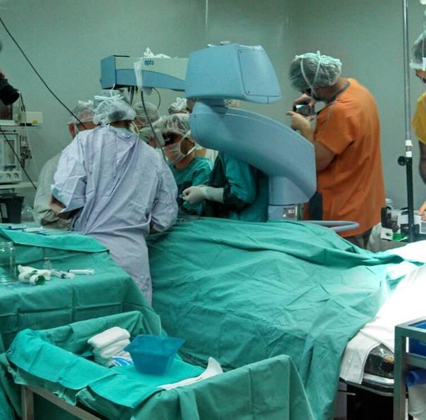 Exitoso trasplante de córnea en el hospital central de San Isidro