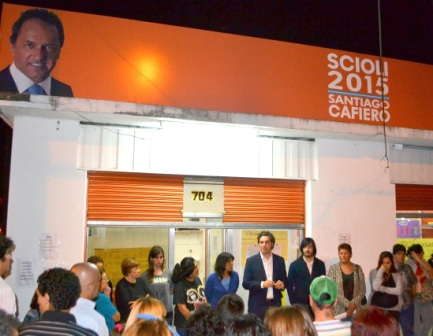 El Sciolismo inauguró una nueva Unidad Básica Scioli 2015 en Villa Adelina