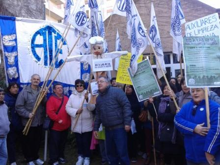 ATE Zona Norte se manifestó en el Consejo Escolar de Vicente López