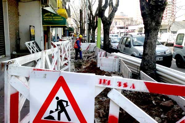 Realizan trabajos para reducir la contaminación visual en Tigre Centro
