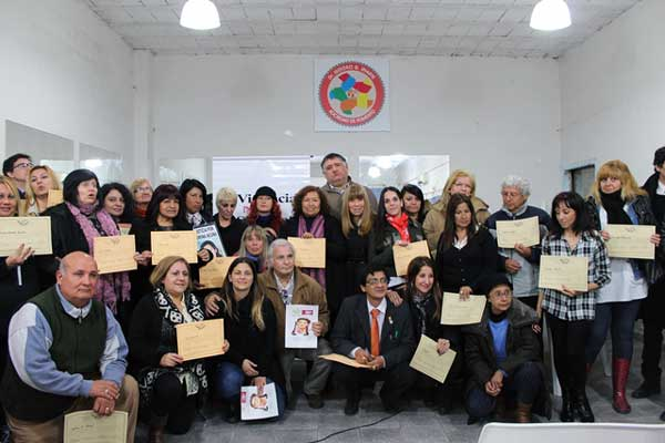 El Frente Renovador homenajeó a Carolina Aló con la apertura de una Biblioteca en Quilmes