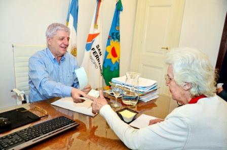 El Municipio le entregó un subsidio de 50 mil pesos a la Cruz Roja de San Fernando
