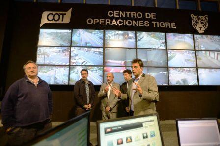 Massa con intendentes San Isidro, San Miguel, Almirante Brown, San Martin,