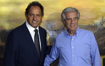 Scioli se reunió con Tabaré Vázquez y le manifestó sus
