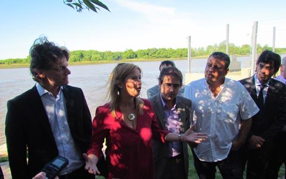 Cristina Alvarez Rodriguez, Nicolás Scioli  en la Costanera de San Fernando