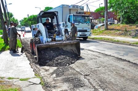 Se inició la primera etapa de repavimentación de la calle Uruguay
