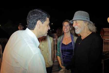 Deva Premal y Miten cerraron su gira mundial de en la costa de Vicente López
