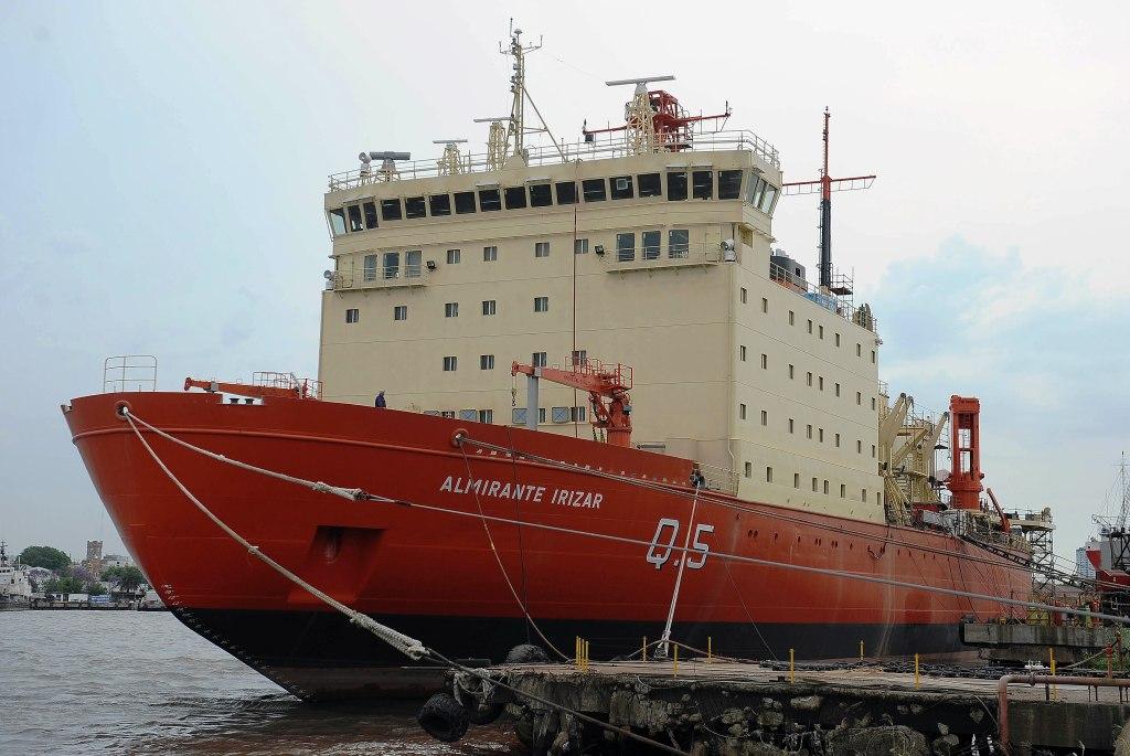 Un rompehielos Irizar renovado volverá a la Antártida en la campaña 2015-2016