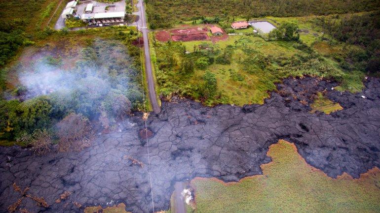 La Guardia Nacional se desplaza hasta el pueblo de Hawái amenazado por la lava del volcán Kilauea