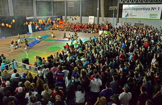 """En el Polideportivo N° 1 de San Fernando se realizó la """"Gimnasiada 2014"""""""