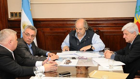 Alejandro Granados, junto a los intendentes Julio Zamora y Luis Andreotti
