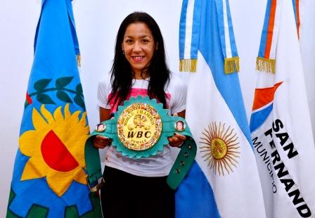 La Pantera Farías peleará con otra campeona mundial en el cierre anual de la Escuela Municipal de Box