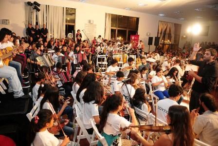 Las Orquestas Infanto Juvenil y Coros de Tigre celebraron el cierre de año