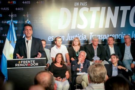 """Sergio Massa participó del  eminario """"Un país distinto con justicia, transparencia e igualdad"""", organizado en Vicente López"""
