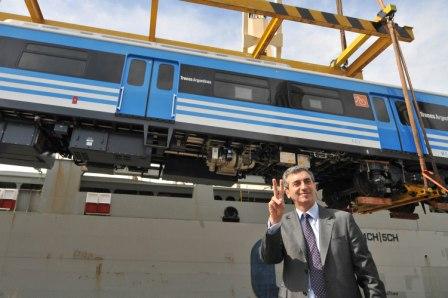 Randazzo recibió los nuevos trenes que duplicarán la capacidad de la línea Mitre