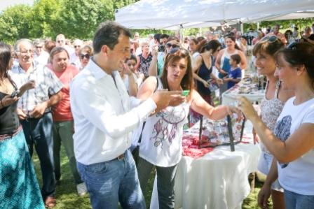 Sergio Massa, durante una recorrida por Dolores