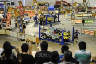 Miles de personas le dieron la bienvenida al Dakar 2015 en Tecnópolis