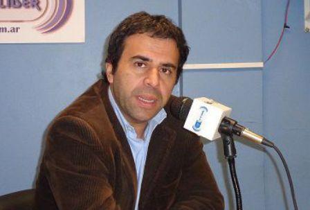 """El Concejal de San Isidro Jorge Alvarez acusó a varios de sus pares de """"empobrecer la Democracia"""""""