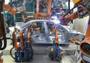 Más de la mitad de la industria autopartista no accedió a créditos al 24% para salarios