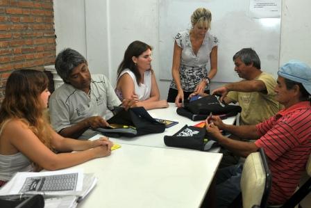 Los trabajadores municipales de Tigre pueden terminas sus estudios primarios