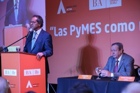 """Scioli reiteró la importancia """"vital"""" que tienen las Pymes para el crecimiento de la industria nacional"""