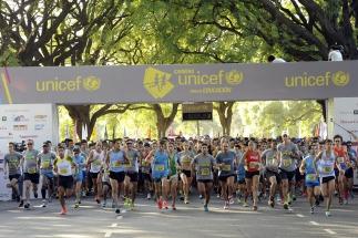 Diez mil personas participaron de la carrera solidaria de UNICEF por la educación