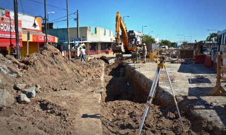 El Municipio de San Fernando prolonga el desagüe principal en la zona del Canal