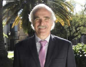 El obispo de San Isidro, Monseñor Oscar Ojea, designó como nuevo Rector de la Universidad de San Isidro al Dr. Gualberto Baistrocchi