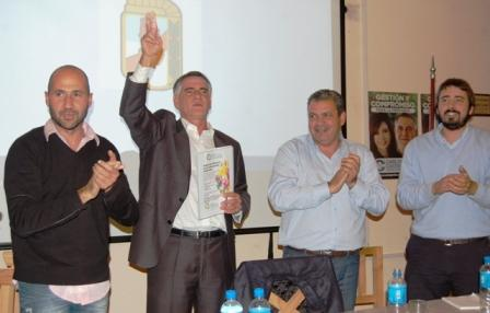 Castagneto participó en San Fernando de un encuentro con militantes y vecinos en el PJ local