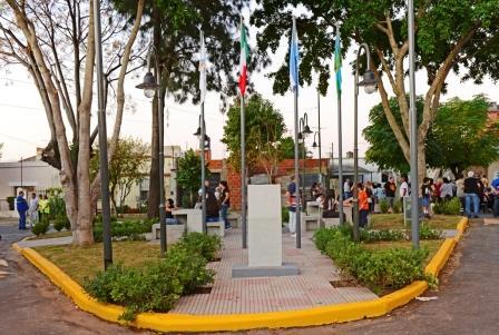 San Fernando inauguró la renovada Plazoleta Leopoldo Lugones