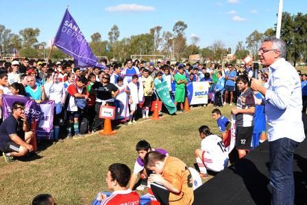 Primer Encuentro del Torneo de la Liga de Fútbol Especial en Tigre