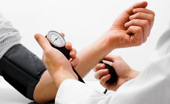 Los hipertensos tienen cinco veces más riesgo de infarto