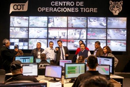 Sergio Massa recorrió junto a intendentes electos recientemente de Salta el Centro de Operaciones Tigre