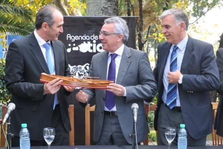 Tigre busca reconocimiento de la UNESCO por los clubes de remo