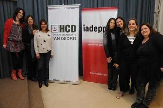En San Isidro se debatió el rol de las mujeres en los medios y las noticias