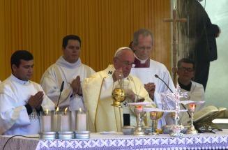 El PAPA Francisco ofició misa ante un millón de fieles en Paraguay
