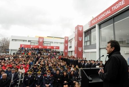El precandidato a Presidente Sergio Massa acompañó al intendente de Tigre Julio Zamora, en la inauguración del Nuevo Polo Judicial de Tigre.