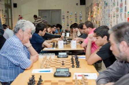 Exhibición de ajedrez en el HCD de San Isidro