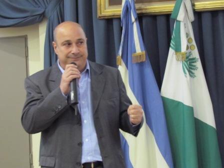 Castellano brindó un detallado informe de la gestión legislativa 2014 del HCD de San Isidro