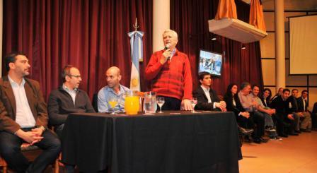 Ivoskus, Valenzuela y Dietrich presentaron el proyecto del nuevo Metrobus para San Martín