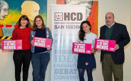 Alumnas de Martínez presentaron un proyecto para evitar el acoso callejero