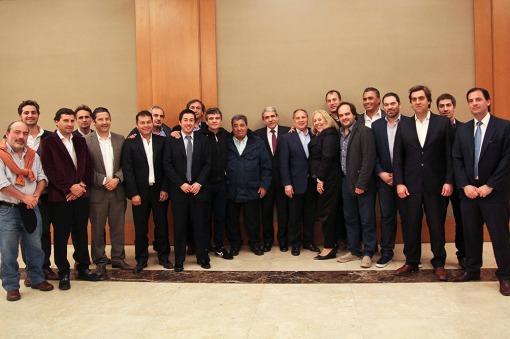Aníbal Fernández se reunió con intendentes y candidatos de la Primera Sección electoral