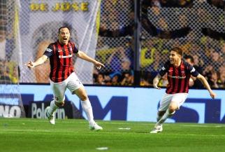 San Lorenzo aprovechó un grosero error de Boca, le ganó en la Bombonera y es el nuevo líder