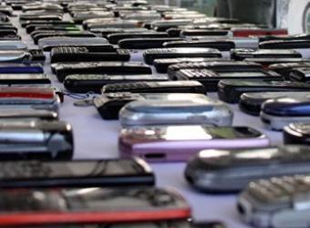 Roban cinco celulares por minuto en el país