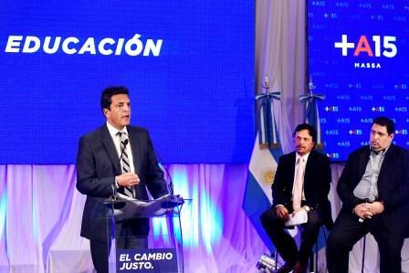 Sergio Massa presentó su propuesta educativa