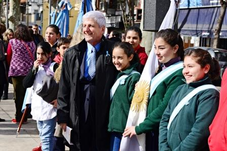 San Fernando festejó el Día del Maestro en la Plaza Sarmiento