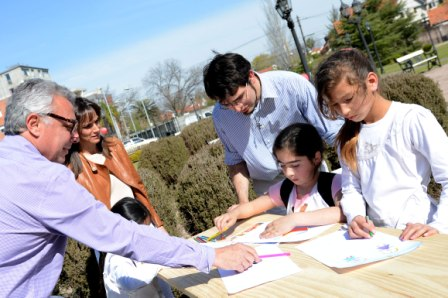Se realizó la cuarta maratón de lectura en los jardines del Museo de Arte Tigre